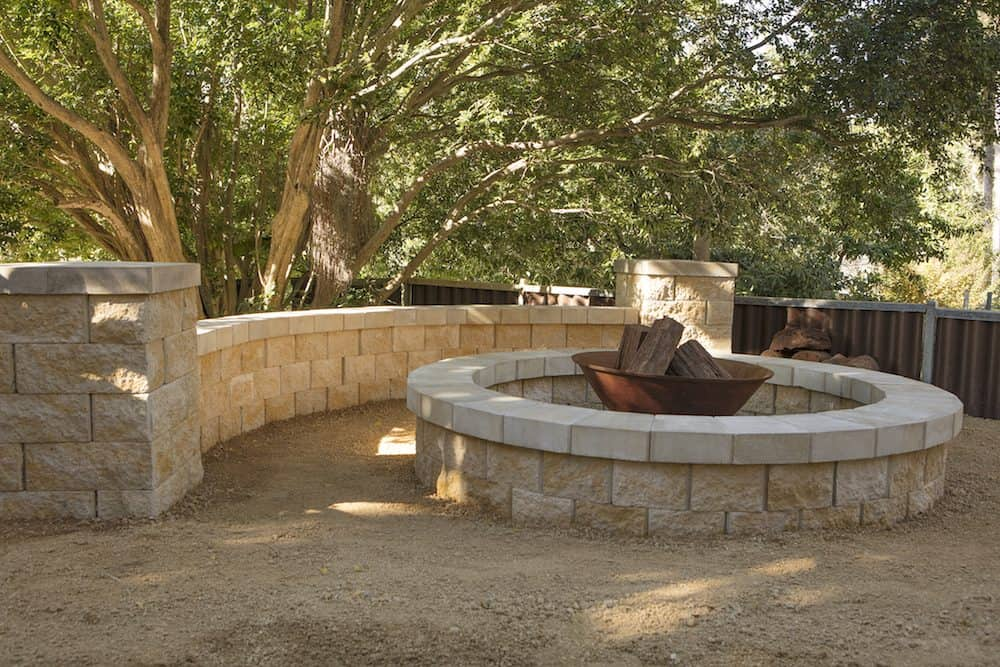 courtyrad firepit