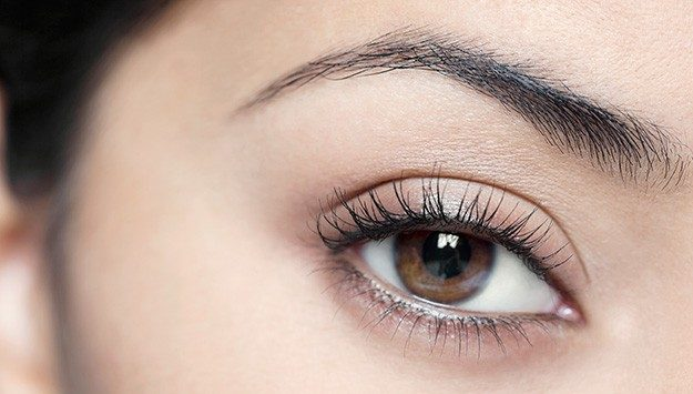 Top Tips for Perfect Eyebrows from The Eyebrow Queen