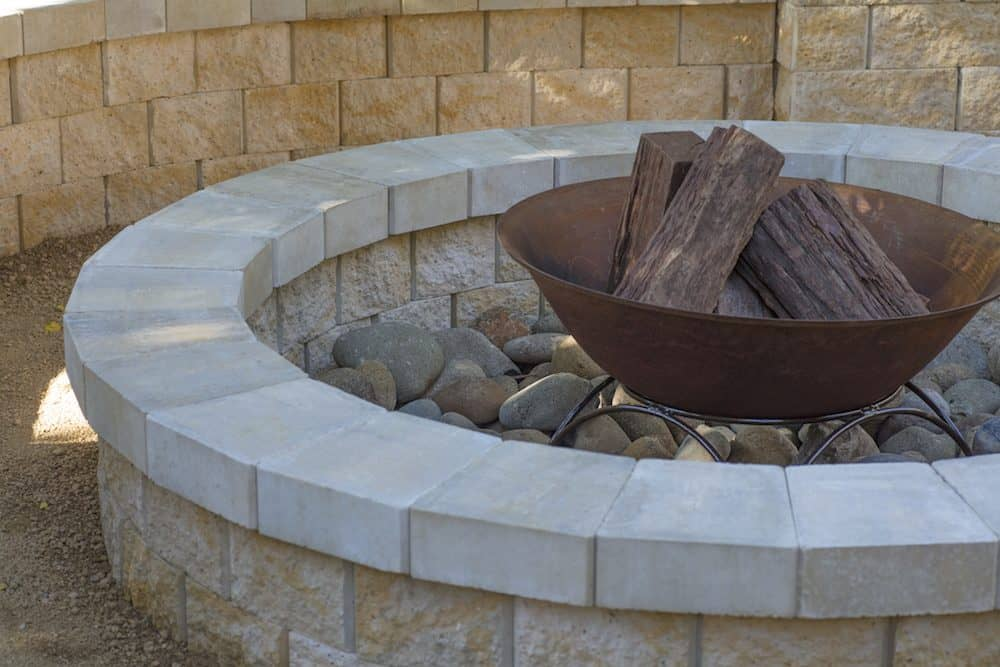 Build Your Own Courtyard Firepit : A Step-by-Step Guide