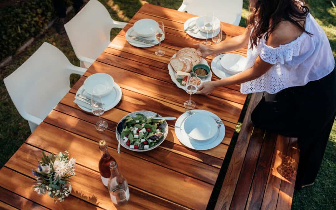 How To Create The Perfect Outdoor Dining Area