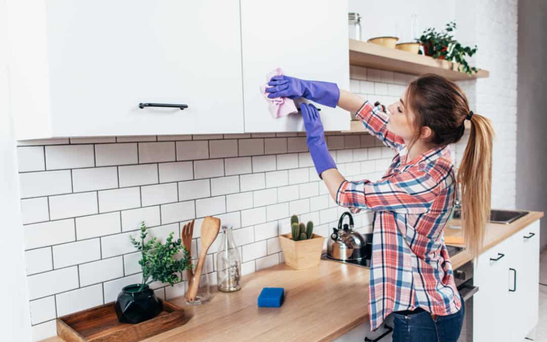 6 Easy House Cleaning Tips For Even Tiny Budgets