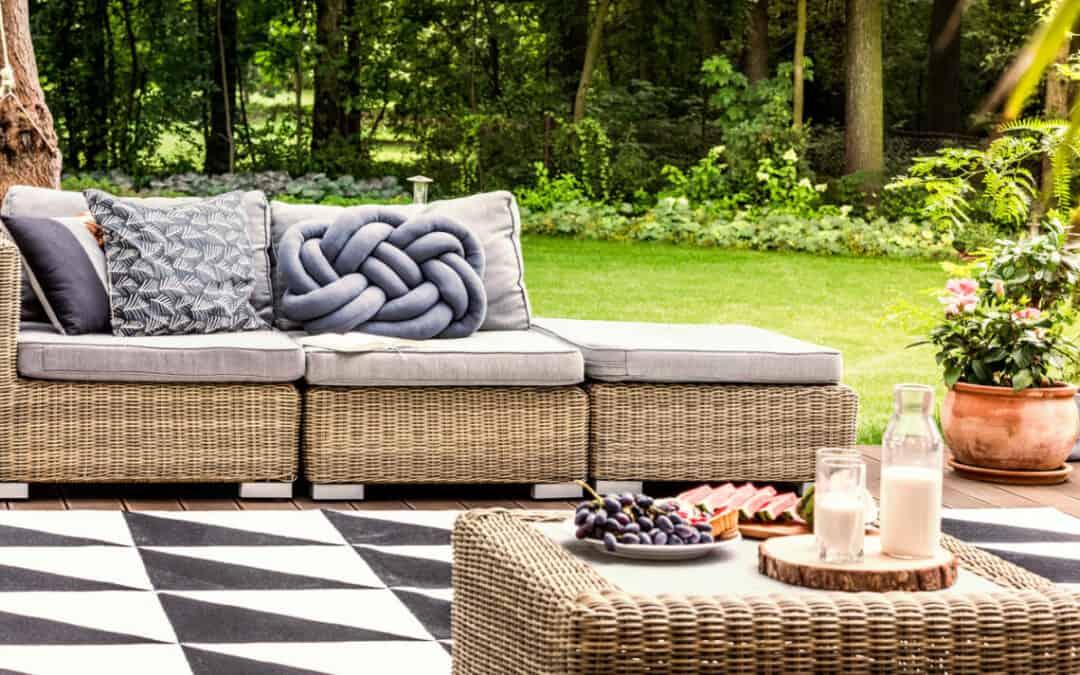 5 Simple Methods Of Modernizing Your Backyard