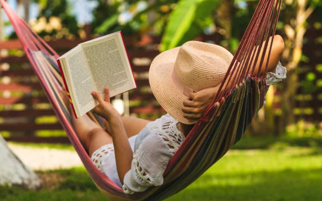 Prepare A Lovely Reading Corner In Your Garden